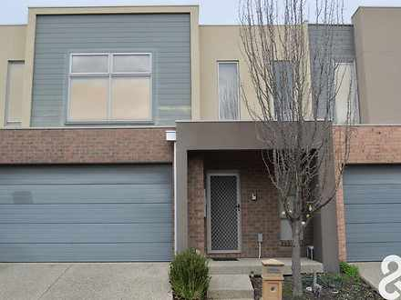 5 Mecklenburg Close, Epping 3076, VIC Townhouse Photo