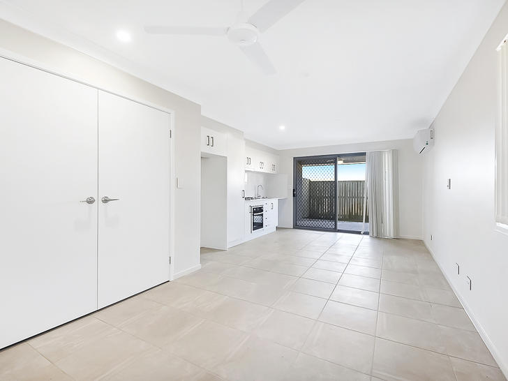 2/1 Lashmar Street, South Ripley 4306, QLD House Photo