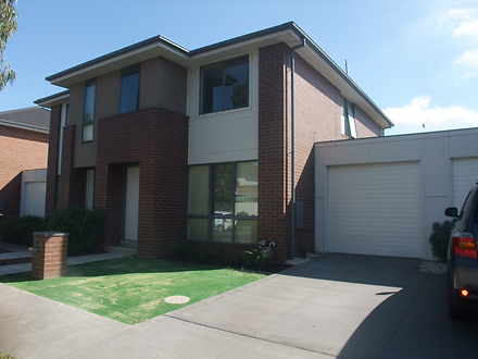 13 Pebble Beach Place, Heatherton 3202, VIC Townhouse Photo