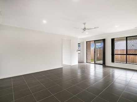 2/2 Boyland Way, Ripley 4306, QLD Townhouse Photo