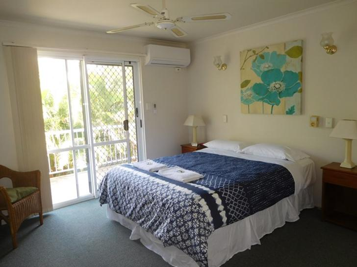 UNIT 2/405 Esplanade, Torquay 4655, QLD Apartment Photo