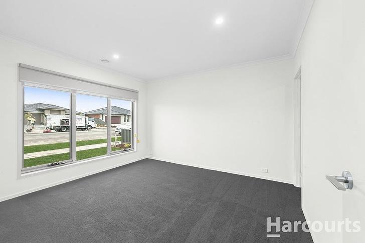 128 Shortridge Drive, Lucas 3350, VIC House Photo