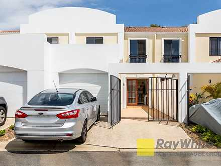 8861 Magnolia Drive East, Hope Island 4212, QLD Townhouse Photo