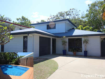 8 Whitesan Blue Terrace, Blacks Beach 4740, QLD House Photo