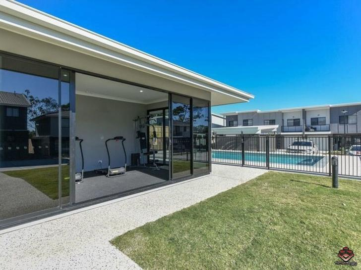 ID:3889580/131 Rockfield Road, Doolandella 4077, QLD Townhouse Photo