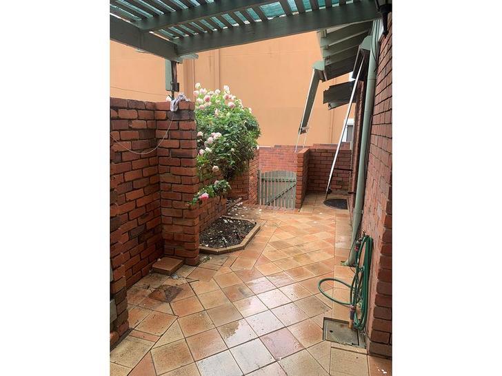 3/42 Leonora Street, Como 6152, WA Villa Photo