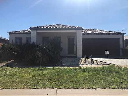 23 Clematis Crescent, Manor Lakes 3024, VIC House Photo