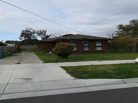 10 Rosalie Avenue, Cranbourne 3977, VIC House Photo