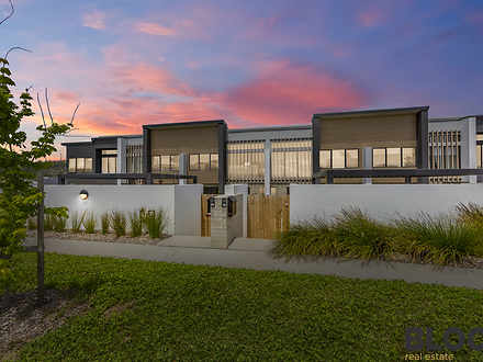 18 Bettong Avenue, Throsby 2914, ACT Townhouse Photo