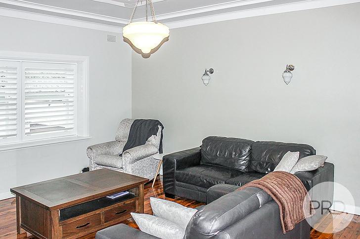 22 Grandview Avenue, Turvey Park 2650, NSW House Photo