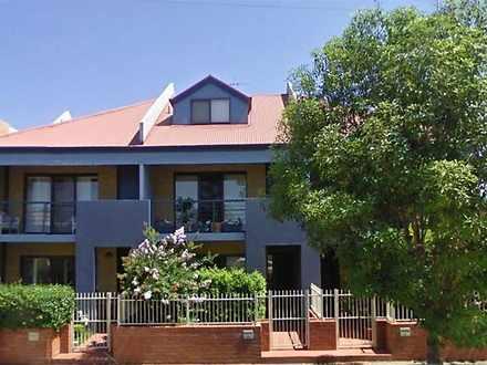 2/69 Lindsay Street, Hamilton 2303, NSW Townhouse Photo