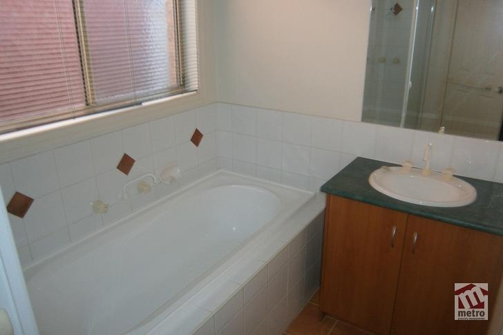 18 Catherine Place, Pakenham 3810, VIC House Photo