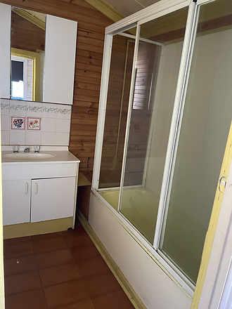 Fd20e084618ec1d994156d38 29854 bathroom 1605493030 thumbnail