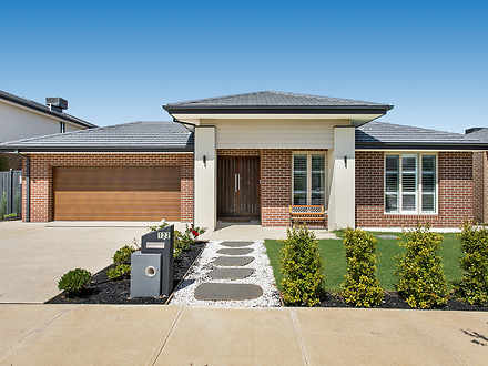 122 Thoroughbred Drive, Clyde North 3978, VIC House Photo