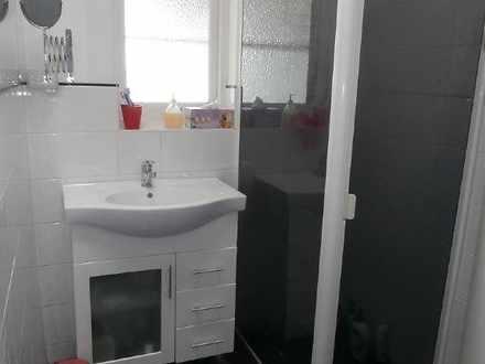 38292549de744c8ab9fdb76d mydimport 1596538617 hires.1447737034 8385 bathroom 1605498334 thumbnail