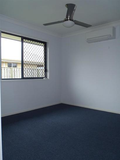 1/50 Duranbah Circuit, Blacks Beach 4740, QLD Duplex_semi Photo