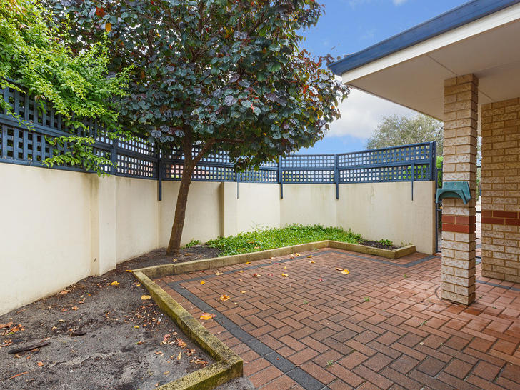 10/2 Boundary Road, St James 6102, WA House Photo