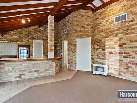 14 Cooper Ridge, Winthrop 6150, WA House Photo