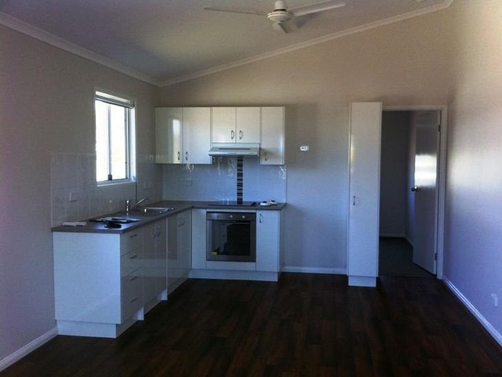 UNIT 1/8 Robin Road, Longreach 4730, QLD Townhouse Photo