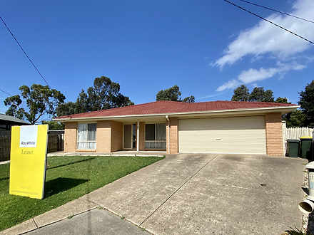 13 Strathearn Court, Carrum Downs 3201, VIC House Photo