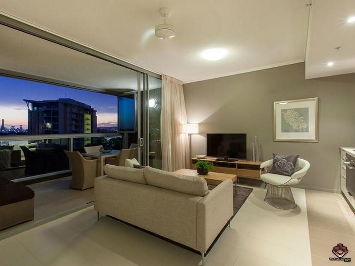 ID:3916102/ 2 Harbour Road, Hamilton 4007, QLD Apartment Photo