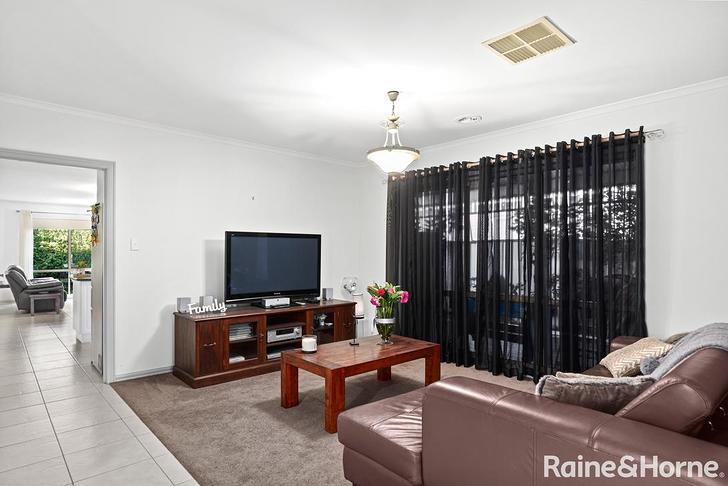 5 Parkin Avenue, Caroline Springs 3023, VIC House Photo