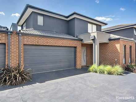 2/5 Henry Street, Pakenham 3810, VIC Townhouse Photo