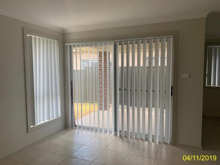 5 Durian Street, Wadalba 2259, NSW Duplex_semi Photo
