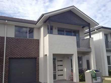 Middleton Grange 2171, NSW Duplex_semi Photo