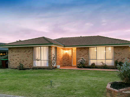 10 Fisher Close, Berwick 3806, VIC House Photo
