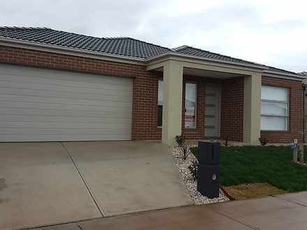 19 Norwood Avenue, Weir Views 3338, VIC House Photo