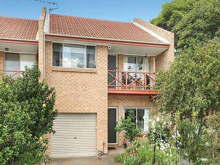 1/9 Grove Circuit, Lake Illawarra 2528, NSW Townhouse Photo