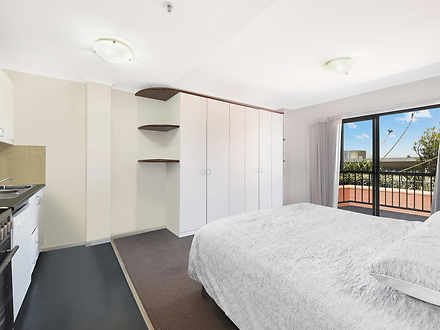 1019/243 Pyrmont Street, Pyrmont 2009, NSW Studio Photo