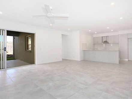 2/25 Winchester Crescent, Pimpama 4209, QLD Duplex_semi Photo