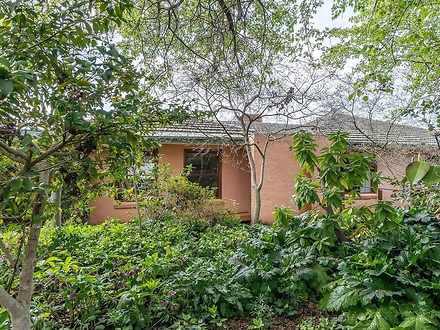 4 Farnell Place, Curtin 2605, ACT House Photo