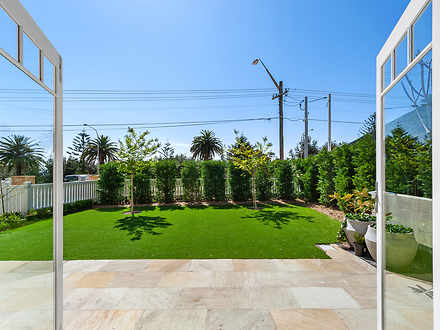2/957 Pittwater Road, Collaroy 2097, NSW Studio Photo