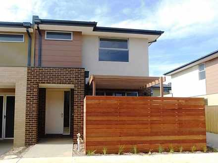 17 Emica Parade, Knoxfield 3180, VIC Townhouse Photo