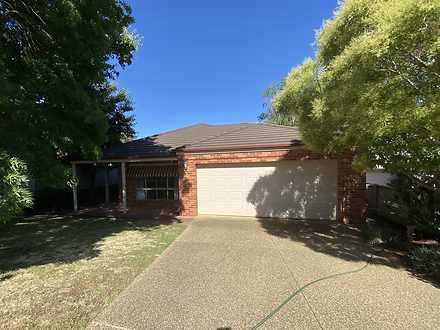 100 Greentree Way, Albury 2640, NSW House Photo