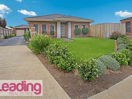 1/16 Logan Court, Sunbury 3429, VIC Unit Photo