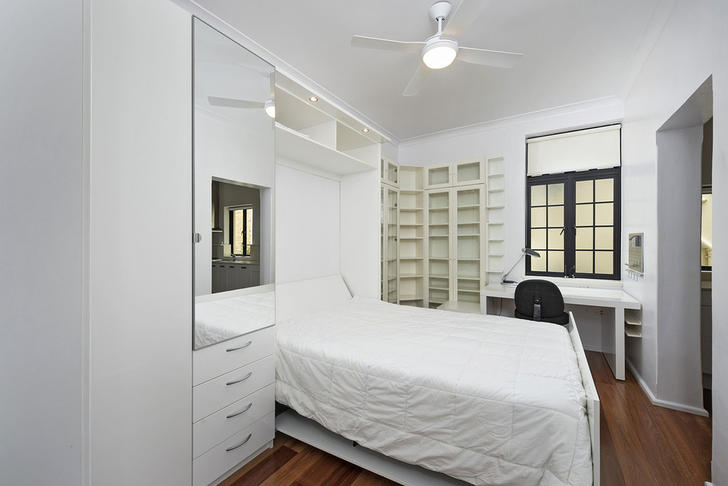 9/29 East Crescent Street, Mcmahons Point 2060, NSW Apartment Photo