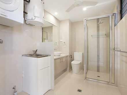 1815e70d91d1961faf976f89 3956 bathroom 1606803233 thumbnail