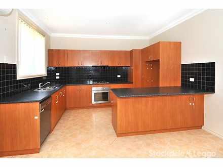 B54970b57452ea08ac1b1811 13502 kitchenc 1606813888 thumbnail