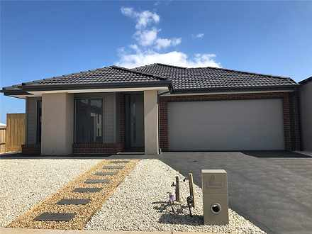 8 Cinnamara Circuit, Tarneit 3029, VIC House Photo