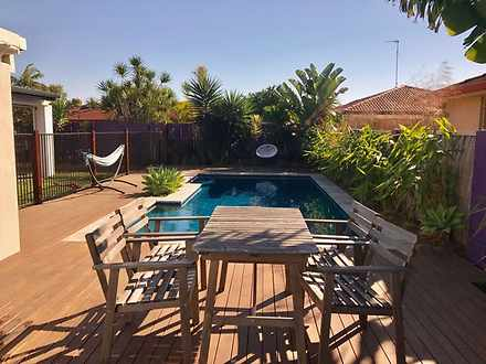 4 Haslewood Court, Mermaid Waters 4218, QLD House Photo