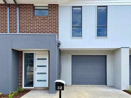 32 Mattamber Street, Clyde North 3978, VIC Townhouse Photo