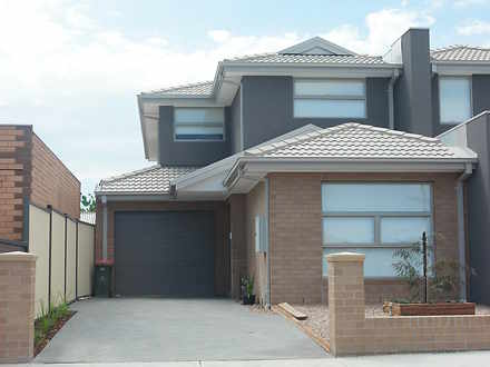52 Roberts Road, Airport West 3042, VIC Townhouse Photo
