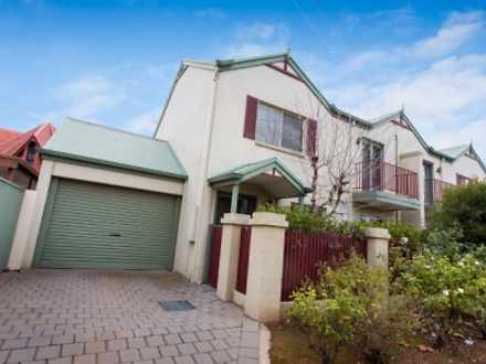 UNIT 2, 1-3 Langtree Parade, Mildura 3500, VIC Townhouse Photo
