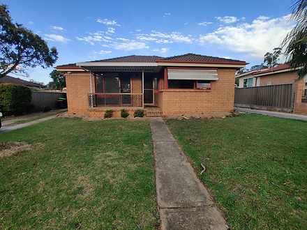 6 Kullaroo Avenue, Bradbury 2560, NSW House Photo