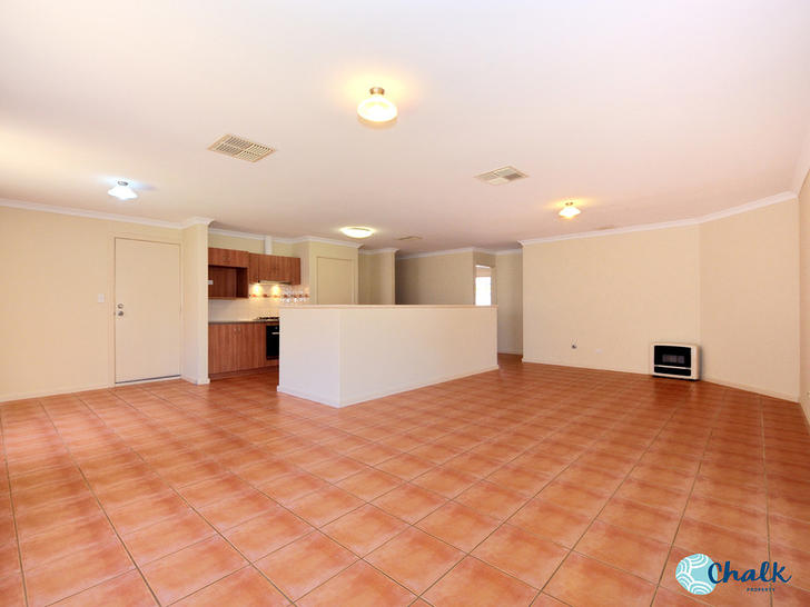 8 Sellafield Bend, Waikiki 6169, WA House Photo