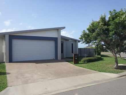 9B Armistice Street, Burdell 4818, QLD Duplex_semi Photo